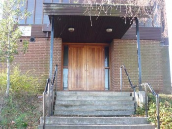 Entrance to St. Nicholas Owen church, 2009