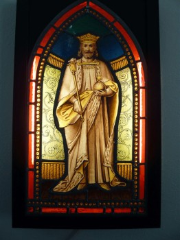 Stained Glass picture of St. Edward - Victorian light