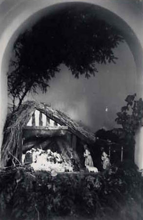 Crib at St. Edward's Church, 1955