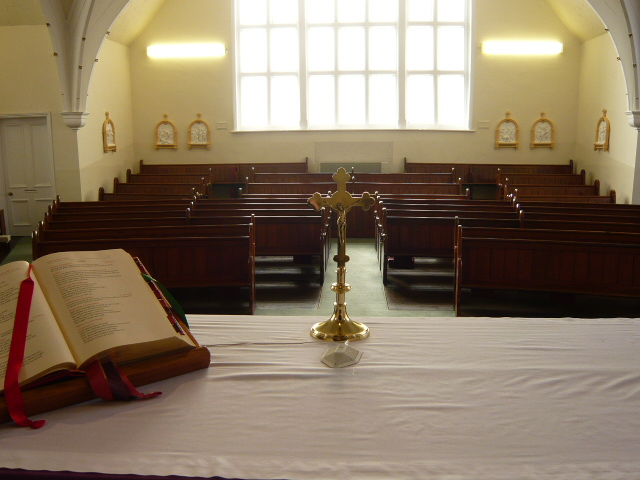 Desborough altar looking into the congregation