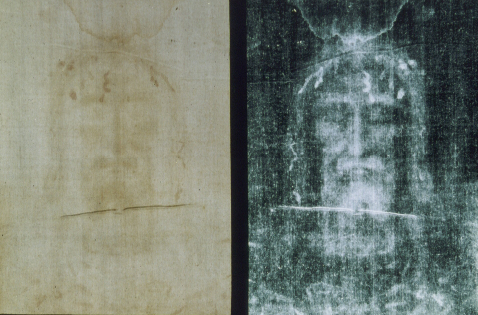 Shroud of Turin, positive and negative image